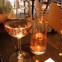 รูปภาพถ่ายที่ PizzaExpress โดย Rebecca B. เมื่อ 8/2/2012