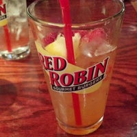 Photo taken at Red Robin Gourmet Burgers by Terry M. on 5/12/2012