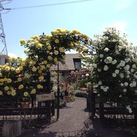 Photo taken at 花びぜん by 佐藤 七. on 5/23/2012