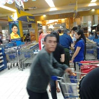 Photo taken at Hypermart by Sepasang Bangau L. on 5/8/2012