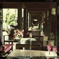 Photo taken at Bankampu Tropical Café by Bumiko_ChaN on 2/18/2012