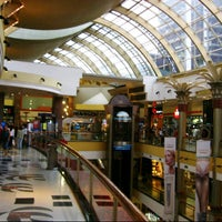 Foto tomada en Alto Palermo Shopping por BKK_FLYER el 8/20/2012