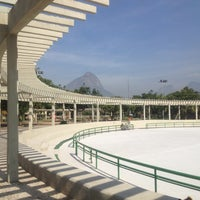 Photo taken at Parque dos Patins by Nanda S. on 7/24/2012
