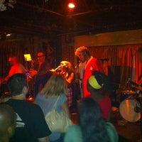 Foto tomada en Apache Cafe por TJ el 4/28/2012