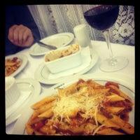 Снимок сделан в Restaurante Planeta's пользователем Fernanda B. 7/21/2012