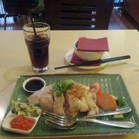 Photo taken at Taste of Malaya by Edward L. on 6/3/2012