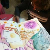 Photo taken at Enclave de libros by Yolanda R. on 4/23/2012