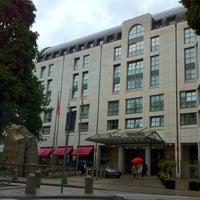 Photo taken at Hamburg Marriott Hotel by Gerardo I. on 6/24/2012
