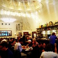 Das Foto wurde bei Café Paris von Ibrahim E. am 8/16/2012 aufgenommen