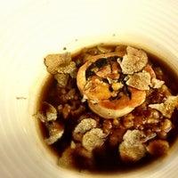 Снимок сделан в La Taberna del Gourmet пользователем Elisabeth G. 7/17/2012