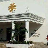 Photo taken at Tropical Hotel by Daniel Araújo on 9/28/2011
