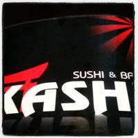 Foto tomada en Kashi Sushi & Bar por Talk2Erick E. el 6/18/2012