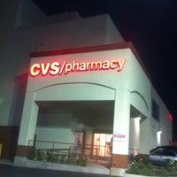 Photo prise au CVS/pharmacy par Raul G. le7/26/2012