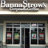 Photo taken at BannaStrow's Crepes and Coffee by Juan E. on 1/25/2012