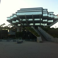Photo taken at Geisel Library by Neil S. on 7/19/2012