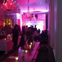 Photo taken at Blowfish Restaurant & Sake Bar by Darren K. on 12/1/2011