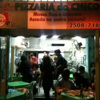 Photo taken at Pizzaria do Chico by Cris M. on 6/3/2011