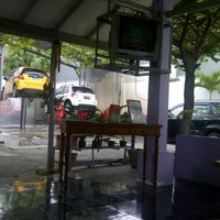 Photo taken at Bibil car wash and salon by Nindy R. on 11/5/2011