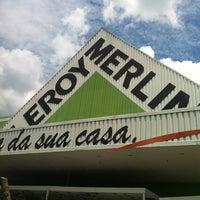 Photo taken at Leroy Merlin by Fabiana C. on 1/8/2012