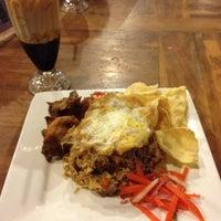Photo taken at Banafee Village Restaurant by Achek S. on 3/12/2012