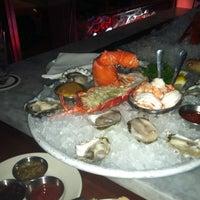 1/28/2012 tarihinde brooke g.ziyaretçi tarafından Blue Ribbon Brasserie'de çekilen fotoğraf