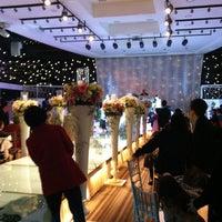 Photo taken at Beau Belle Wedding & Buffet by 춘영 최. on 3/10/2012