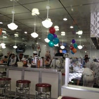 Photo taken at Johnny Rockets by Hernan I. on 7/19/2012