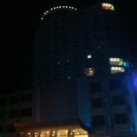 Photo taken at River City Hotel by Kaoey on 7/29/2012