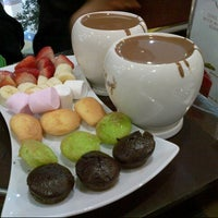 Photo taken at Maya La Chocolaterie by Areej A. on 8/24/2012
