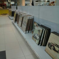 Photo taken at Todimo Home Center by Fabiano T. on 8/29/2012