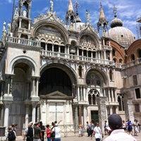 Foto scattata a Piazza San Marco da 🌸БрУсниЧкина🌸 il 6/6/2012