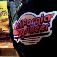 Foto tomada en California Wings and Beer por slider_037 el 1/21/2012