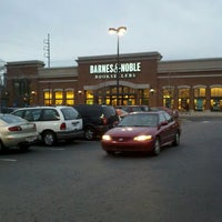 Photo taken at Barnes & Noble by Ben S. on 1/10/2012