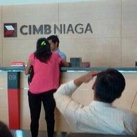 Photo taken at CIMB Niaga Yos Sudarso by Chandra I. on 5/28/2012