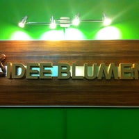 Photo taken at Idee Blumen by Honey N. on 10/8/2011