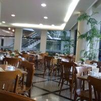 Foto tirada no(a) Cambirela Hotel por Amanda S. em 4/8/2012