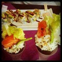 Photo taken at natur & sushi by Pitu .. on 5/5/2011