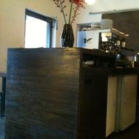 Das Foto wurde bei Café Lois von Eero P. am 12/27/2011 aufgenommen