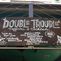 Foto scattata a Double Trouble Caffeine & Cocktails da Jeffrey J. il 5/20/2012