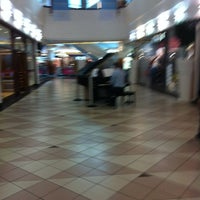 Photo taken at Cavendish Square by Phil Q. on 5/31/2012