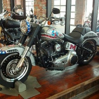 Photo taken at Southern Thunder Harley-Davidson by Andrew E. on 9/7/2012