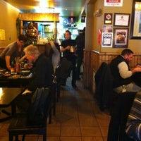 Foto scattata a Green Leaf Vietnamese Restaurant da C.Y. L. il 3/6/2012