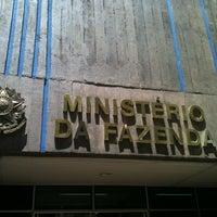 Photo taken at Delegacia da Receita Federal by Junior R. on 2/2/2012