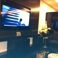 Photo taken at MasterCard Black Lounge by Rodrigo M. on 8/22/2011