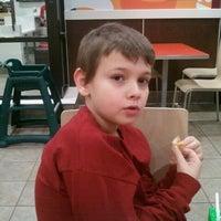 Das Foto wurde bei McDonald's von Brad L. am 11/13/2011 aufgenommen