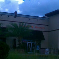 Photo taken at Planet Beach Contempo Spa @ Van Dyke Commons by $ŦEPҤλ₦łE V. on 9/27/2011
