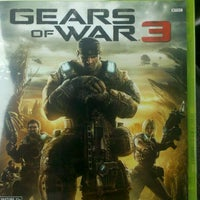 Photo taken at GameStop by Jarel K. on 9/20/2011