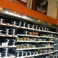 Das Foto wurde bei Snap Kitchen von Bread N. B. am 4/13/2012 aufgenommen