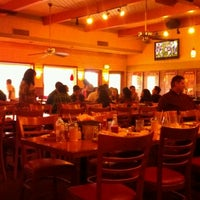 Photo taken at Shakey's Pizza Parlor by David S. on 11/20/2011