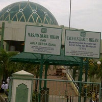 Photo taken at Mesjid Darul Hikam by tommy a. on 11/5/2011
